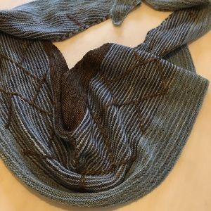 Gorgeous hand knit scarf/shawl